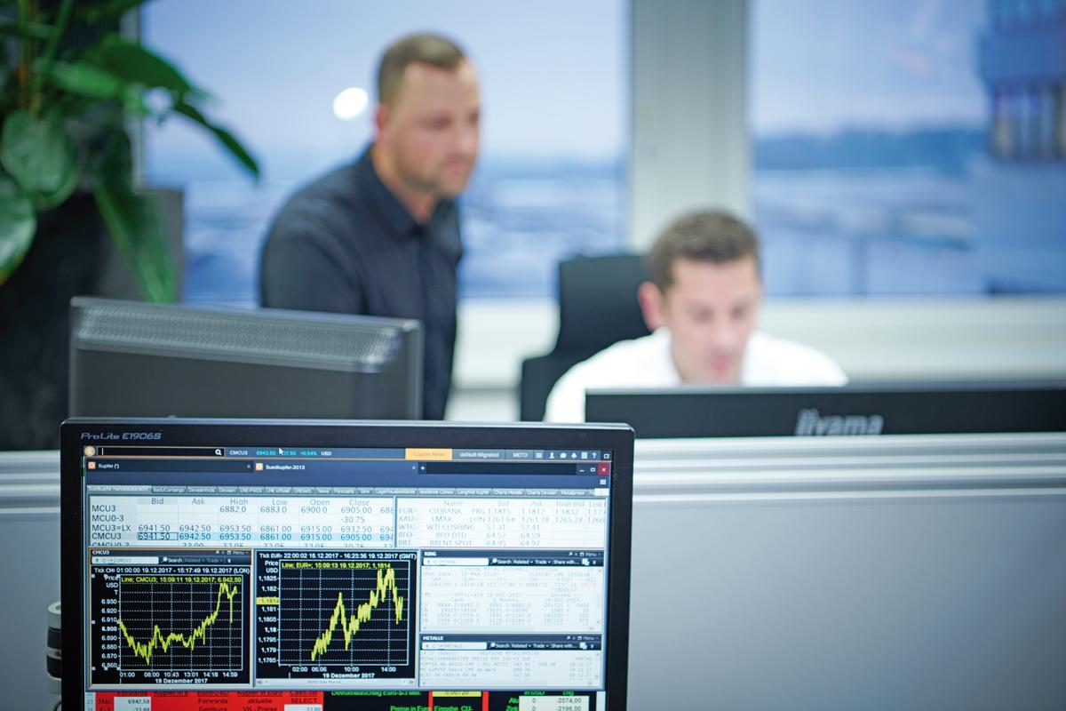 Experte rund um den Kupfermarkt, Kupferhandel, Kupfernotierung, Preissicherung und Risikomanagement